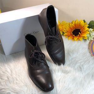 Calvin Klein Men's Leather Chukka Boot 12
